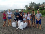 Bali beach cleanup clears 40 tonnes of rubbish