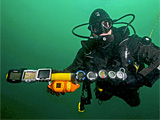 Divers could be used to measure ocean temperatures
