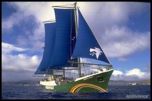 Greenpeace confronts Mediterranean Tuna Fishermen