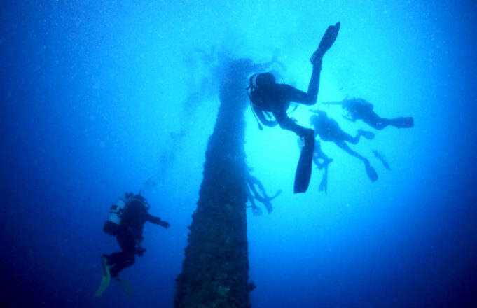 Diving on mast of Shouna by Tim Nicholson of SCUBA Travel