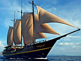 The beautiful Waow liveaboard