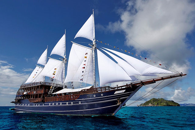 Amira liveaboard, Indonesia